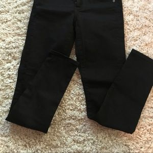 NWT Loft Modern Skinny Jeans in Black - Size 25/0